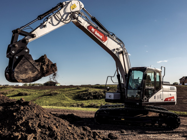 """""""Excavators Have Become Toolcarriers"""" as Users Demand Greater Versatility"""