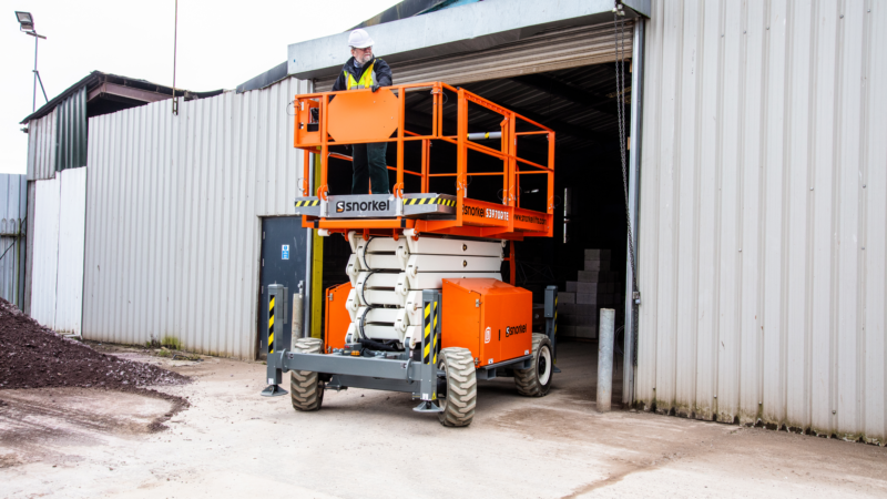 Snorkel Cranks Out 5 New Lithium-Ion Battery Scissor Lifts