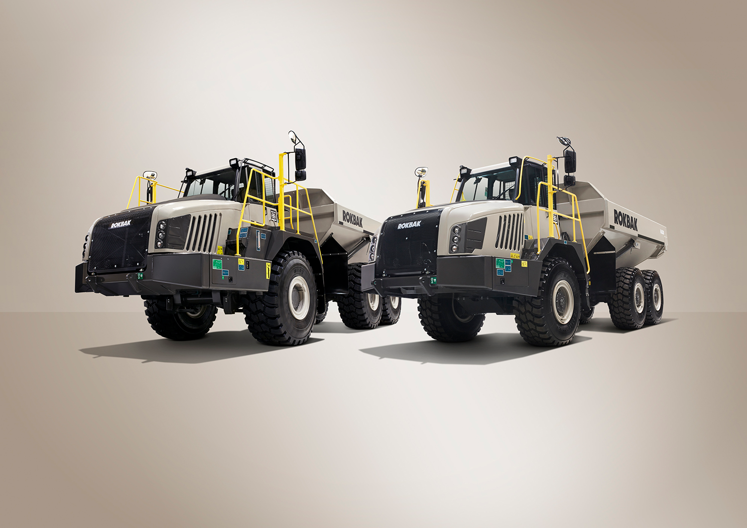 Volvo traces the Rokbak lineage back to 1934 when Euclid Road Machinery built what Volvo calls the world's first off-road truck, the Model 1Z. The trucks have been made in Motherwell, Scotland since 1950.