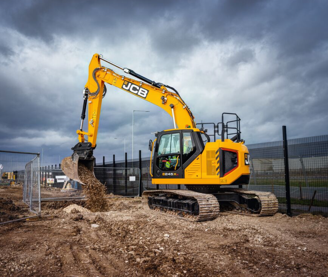 JCB 245XR excavator reduced tail swing